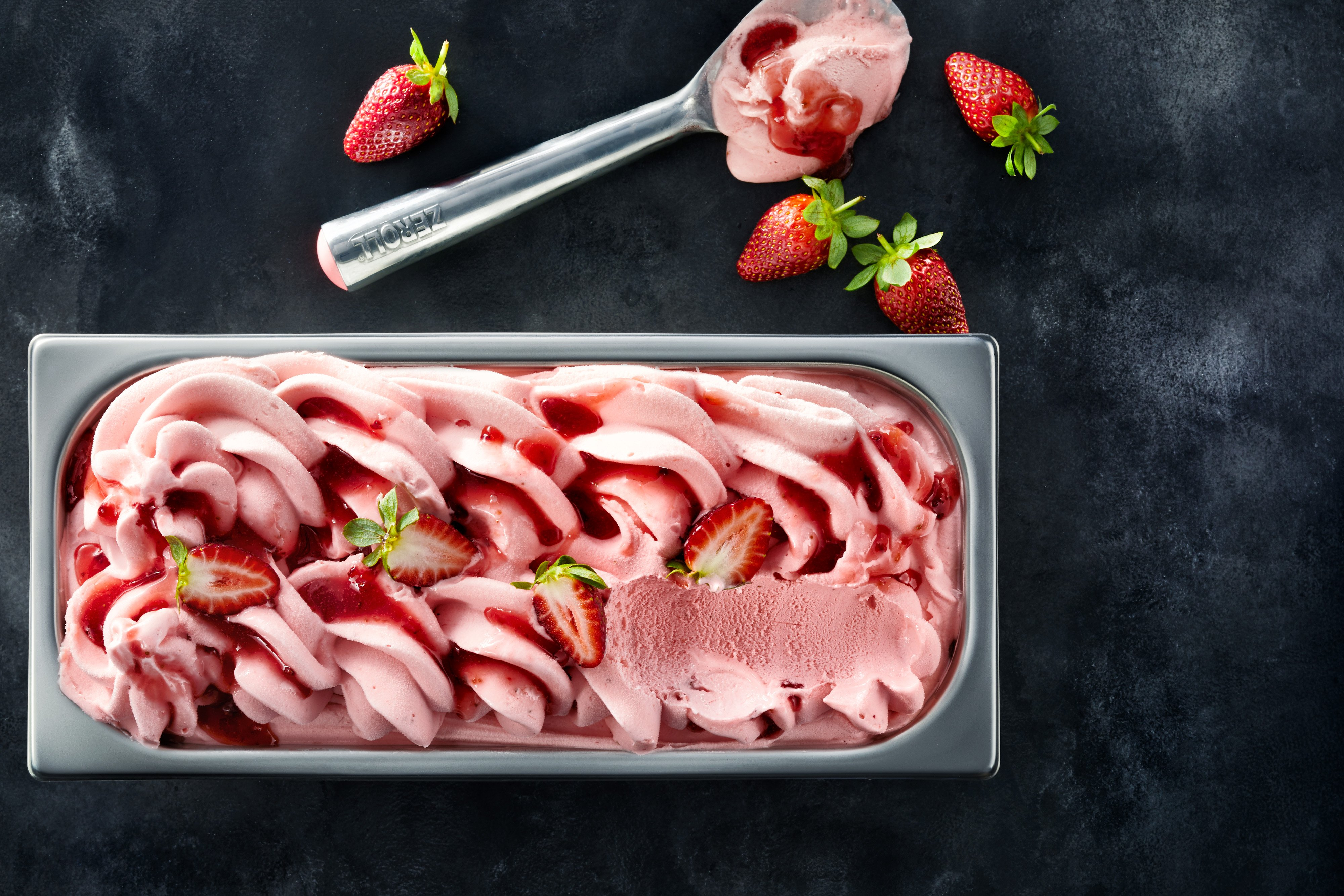 19075481-0484_strawaberry_T_new_tray